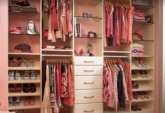 reunited and it feels so good me and my inner girly girlno, this isn\u0027t my actual closet but wouldn\u0027t it be pretty if it were?